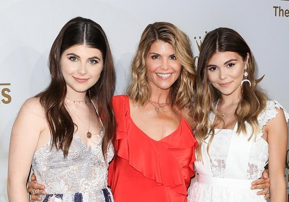 Lori Loughlin and daughters Isabella Rose and Olivia Jade Giannulli at the Hallmark Channel And Hallmark Movies And Mysteries 2017 Summer TCA Tour. | Photo: Getty Images