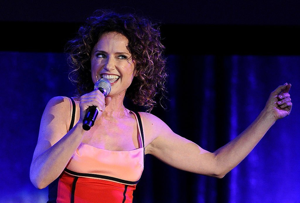 """Jean Louisa Kelly performs onstage during the 19th annual """"A Night At Sardi's"""" fundraiser. 