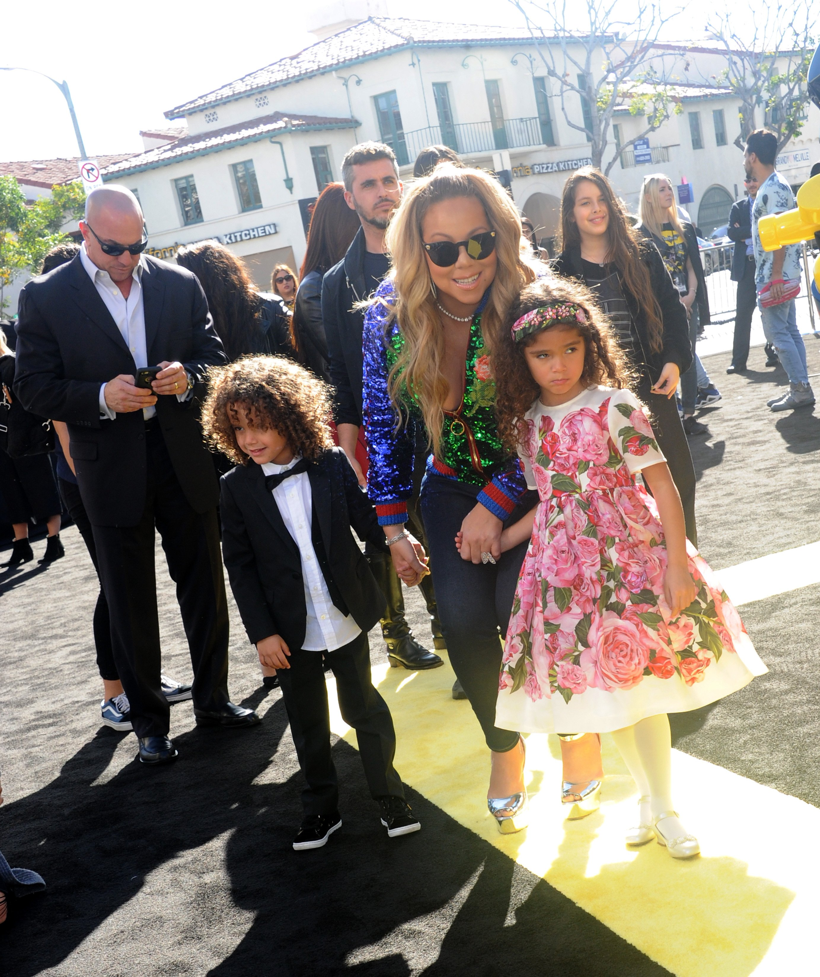Mariah Carey and her two children Monroe and Moroccan | Photo: Getty Images