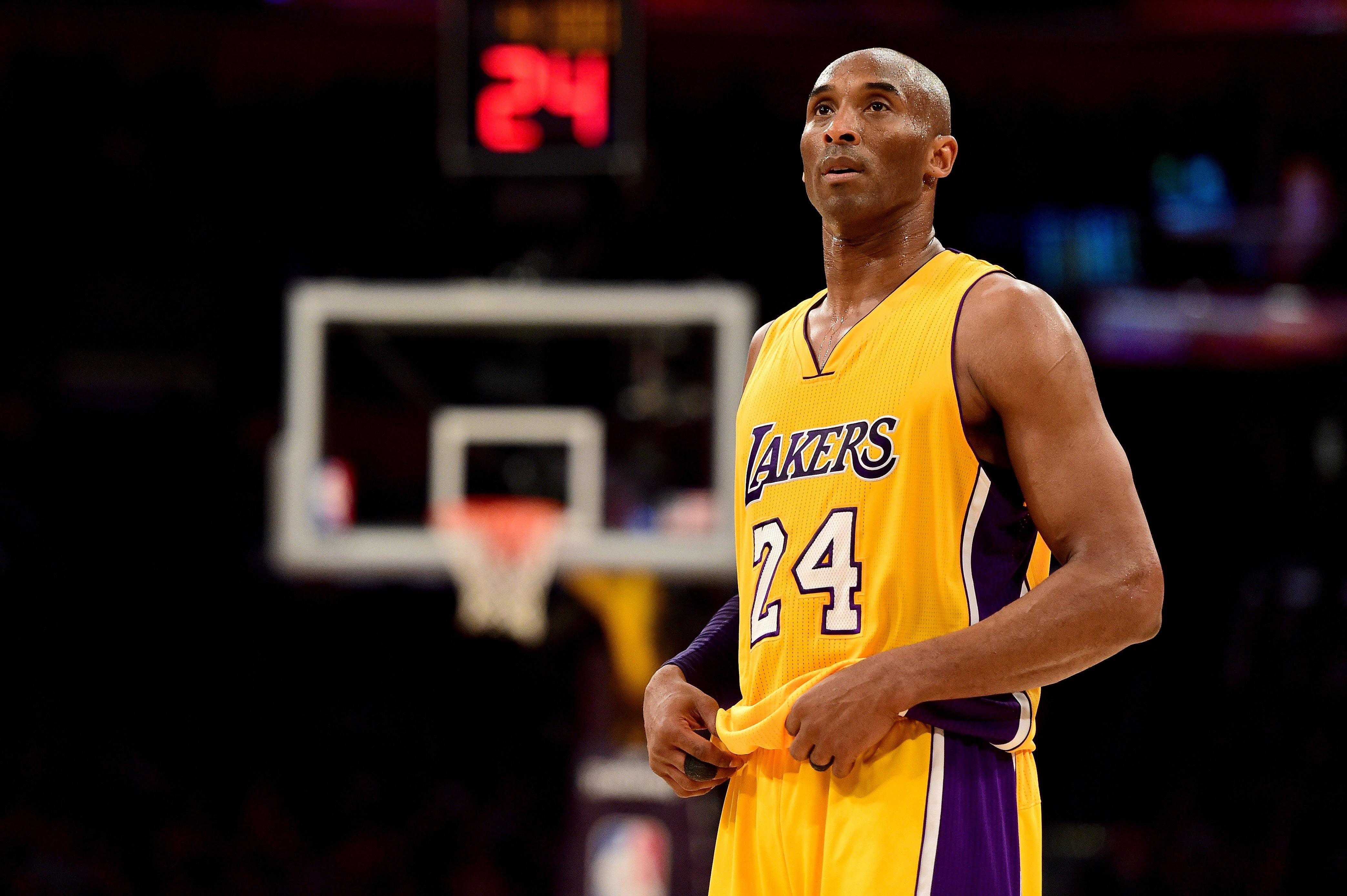 Kobe Bryant #24 of the Los Angeles Lakers reacts while taking on the Utah Jazz at Staples Center on April 13, 2016   Photo: GettyImages