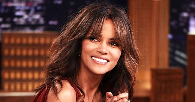 Halle Berry Shares Sizzling Pic of Herself to Promote At-Home Workouts Amid Coronavirus Fears