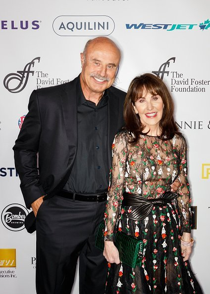 Dr. Phil McGraw and Robin McGraw at Rogers Arena on October 21, 2017 in Vancouver, Canada. | Photo: Getty Images