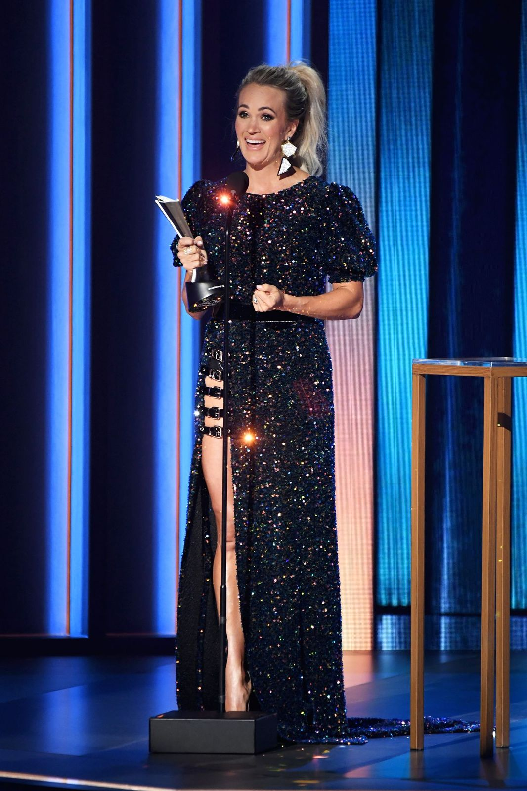 Carrie Underwood accepts the Entertainer of the Year Award at the 55th Academy of Country Music Awards on September 16, 2020, in Nashville, Tennessee | Photo: Kevin Mazur/ACMA2020/Getty Images