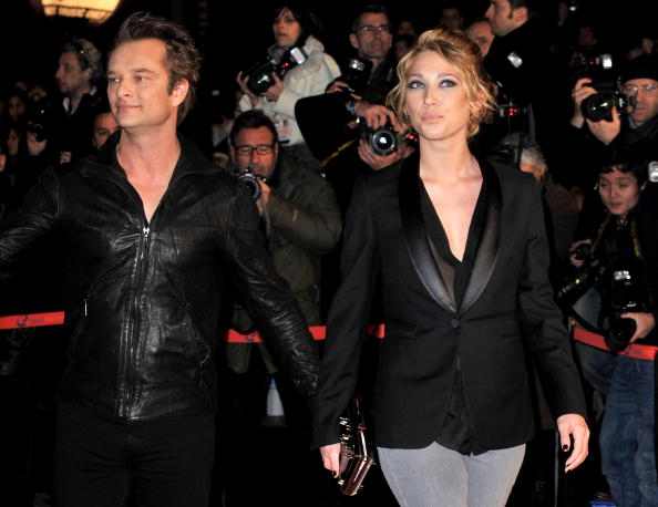 David Hallyday et et sa soeur Laura Smet  le 23 janvier 2010 à Cannes, en France | Photo : Getty Images