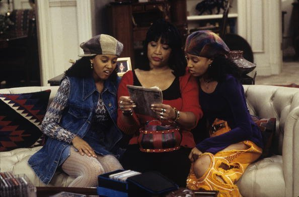 "Tamera Mowry, Jackee Harry, Tia Mowry on ""Sister Sister"" 