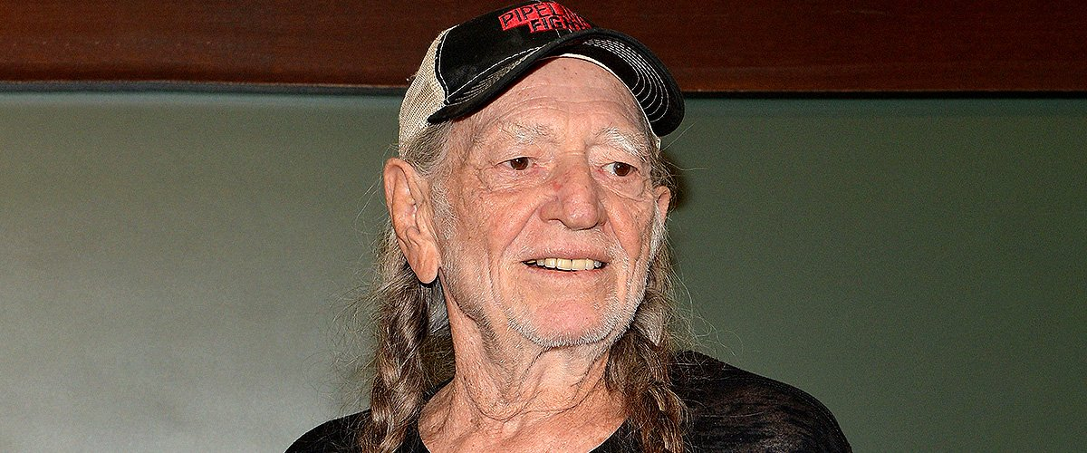 Paula Nelson Inherited Dad Willie Nelson's Voice and Looks Age-defying at 50