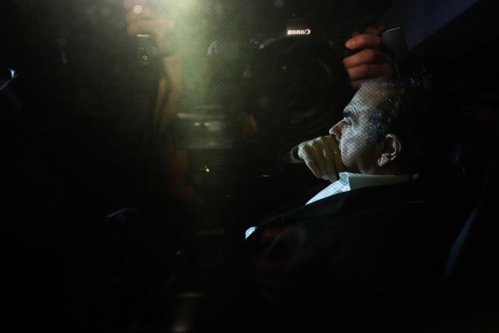 Carlos Ghosn lors de sa libération sous caution. l Source: Getty Images