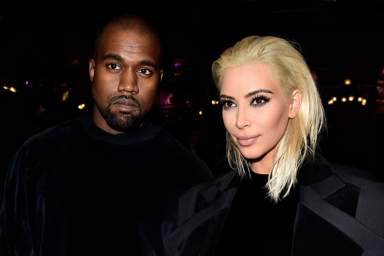 Kim Kardashian and Kanye West at the Balmain show on March 5, 2015. | Photo: Getty Images