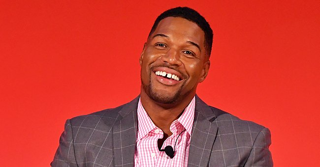 See Michael Strahan's Twin Daughter Show off Her Curly Ponytail as She Poses in a Black Robe