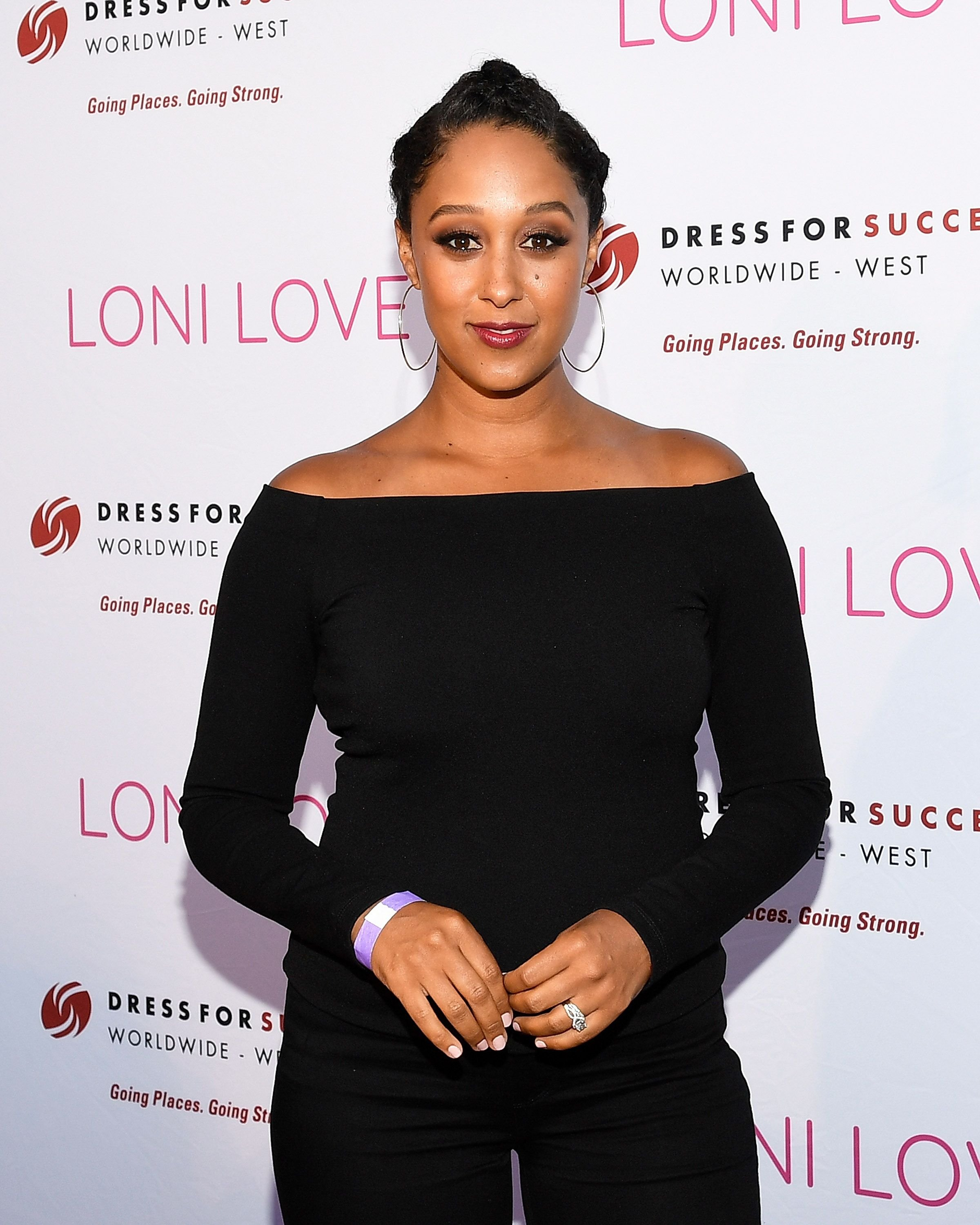 Actress Tamera Mowry at Loni Love's Birthday Roast benefiting the Dress For Success charity at Hollywood Improv on July 12, 2017 | Photo: Getty Images