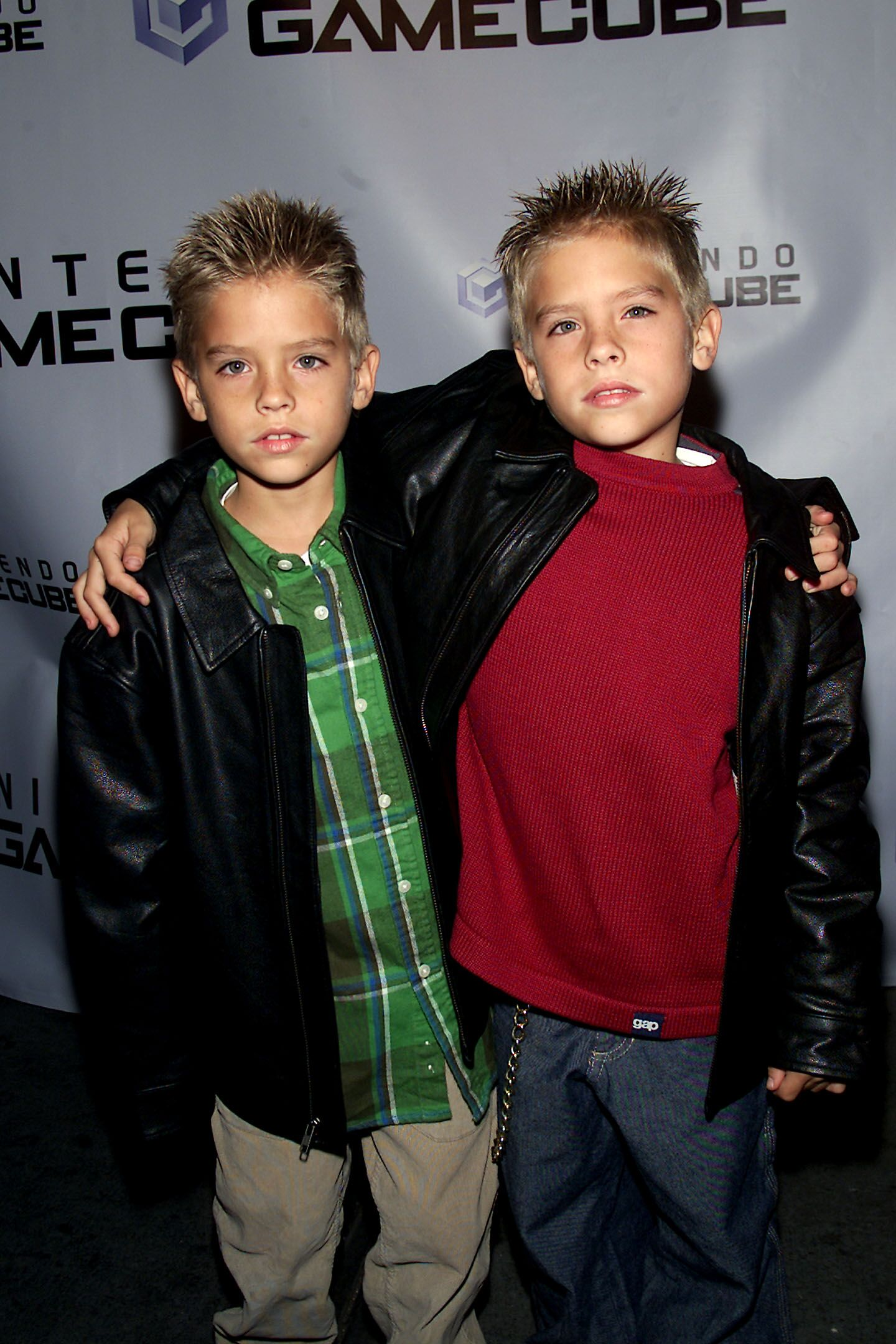 Dylan and Cole Sprouse arrive at the Nintendo GameCube launch party. | Source: Getty Images