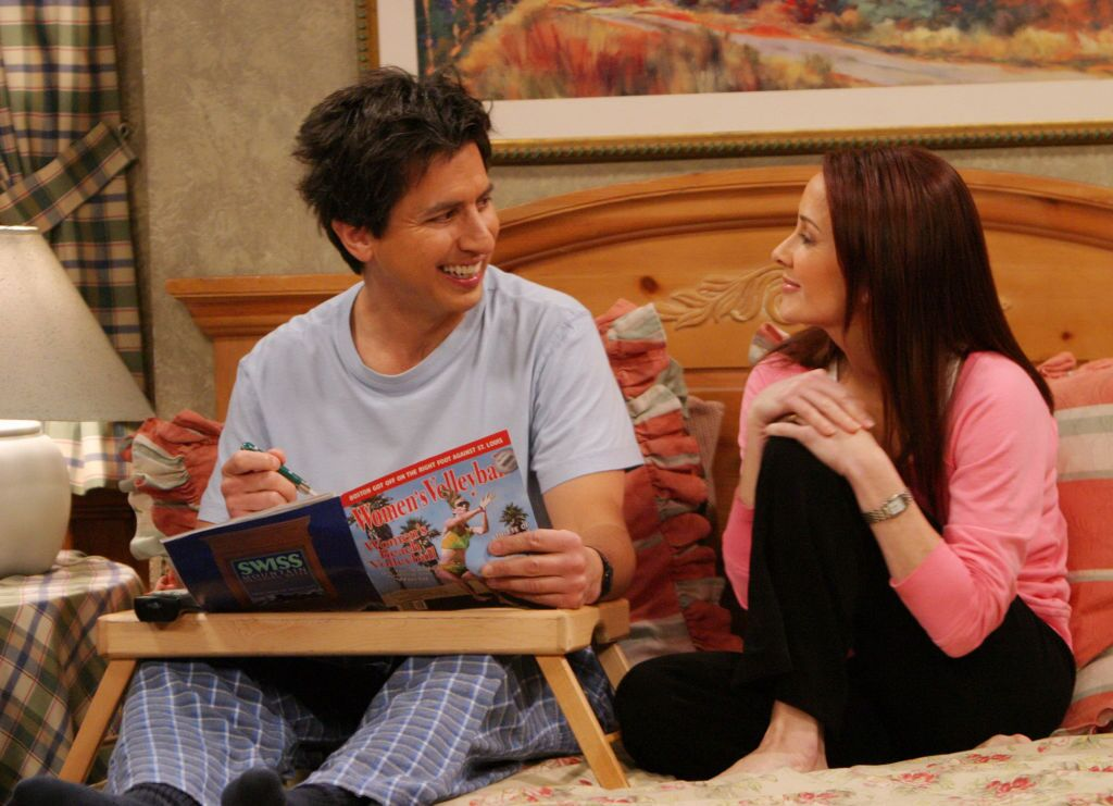 """Patricia Heaton and Ray Romano in the final episode of """"Everybody Loves Raymond"""" in 2005 