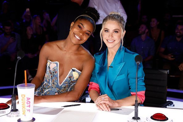 Gabrielle Union & Julianne Hough on set of America's Got Talent Season 14 | Photo: Getty Images