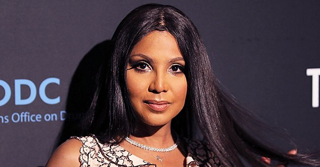 Here's Toni Braxton's Step-By-Step Guide to Her Makeup Process & Tips on Faux-Lashes
