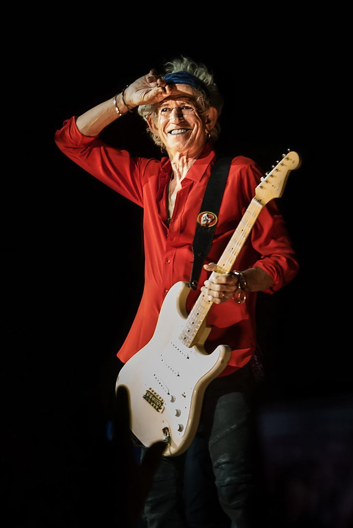 Keith Richards during a concert in Warsaw in 2018 | Photo: Wikimedia Commons Images