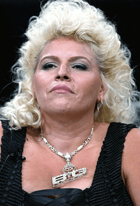 Beth Chapman speaks with the press during the TCA Press Tour Cable, at the Century Plaza Hotel, on July 21, 2004, in Los Angeles, California | Source: Frederick M. Brown/Getty Images