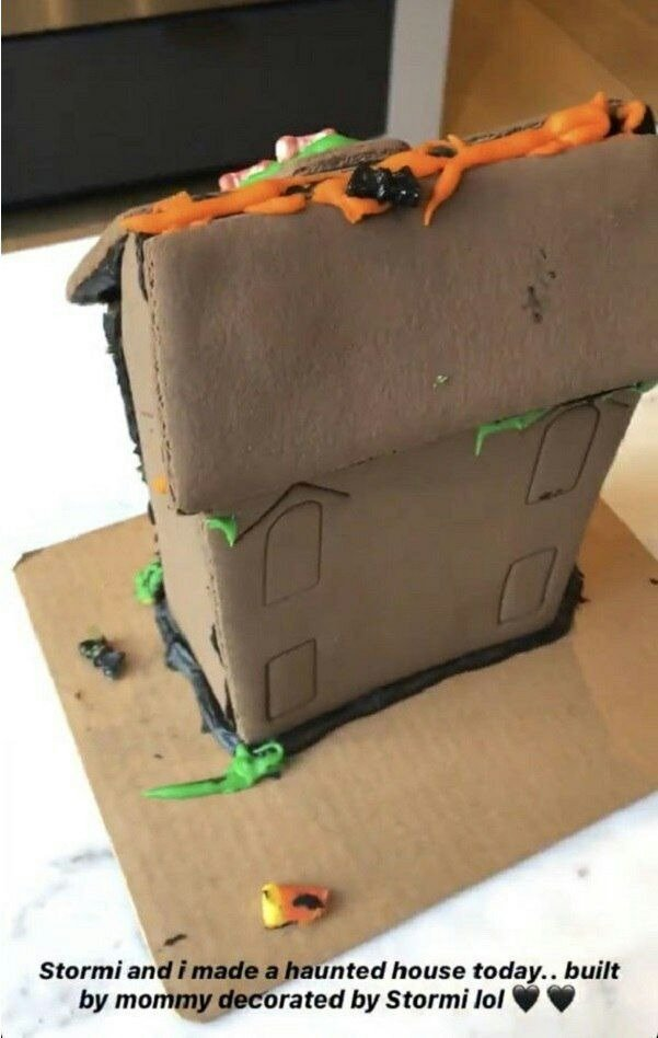 Edible Haunted House Made by Kylie and Stormi | Source: instagram.com/kyliejenner/