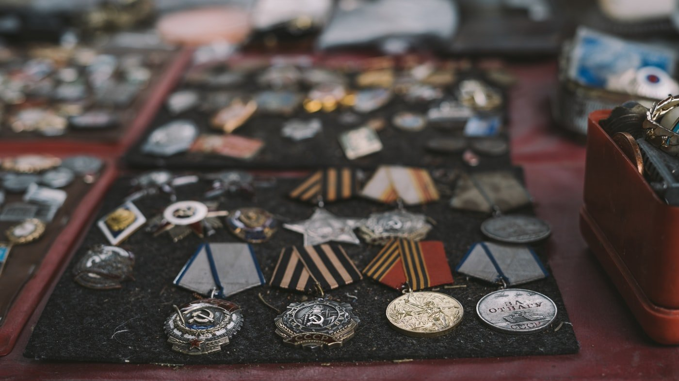 The homeless man was wearing a hero's medals | Source Unsplash