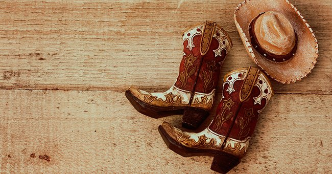 Daily Joke: Woman Sees Cowboy with Big Boots in a Bar