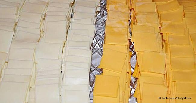 Hochzeitspaar servierte angeblich Plastikkäse & zerkleinerte Früchte an ihrem großen Tag