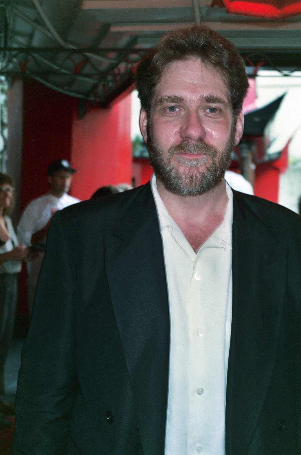 Richard Masur at premiere of the movie Air America | Source: Wikimedia Commons