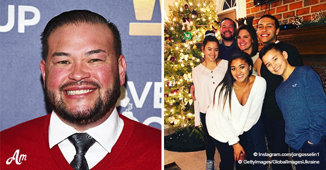 Jon Gosselin shares a happy Christmas photo with two of his sextuplet kids