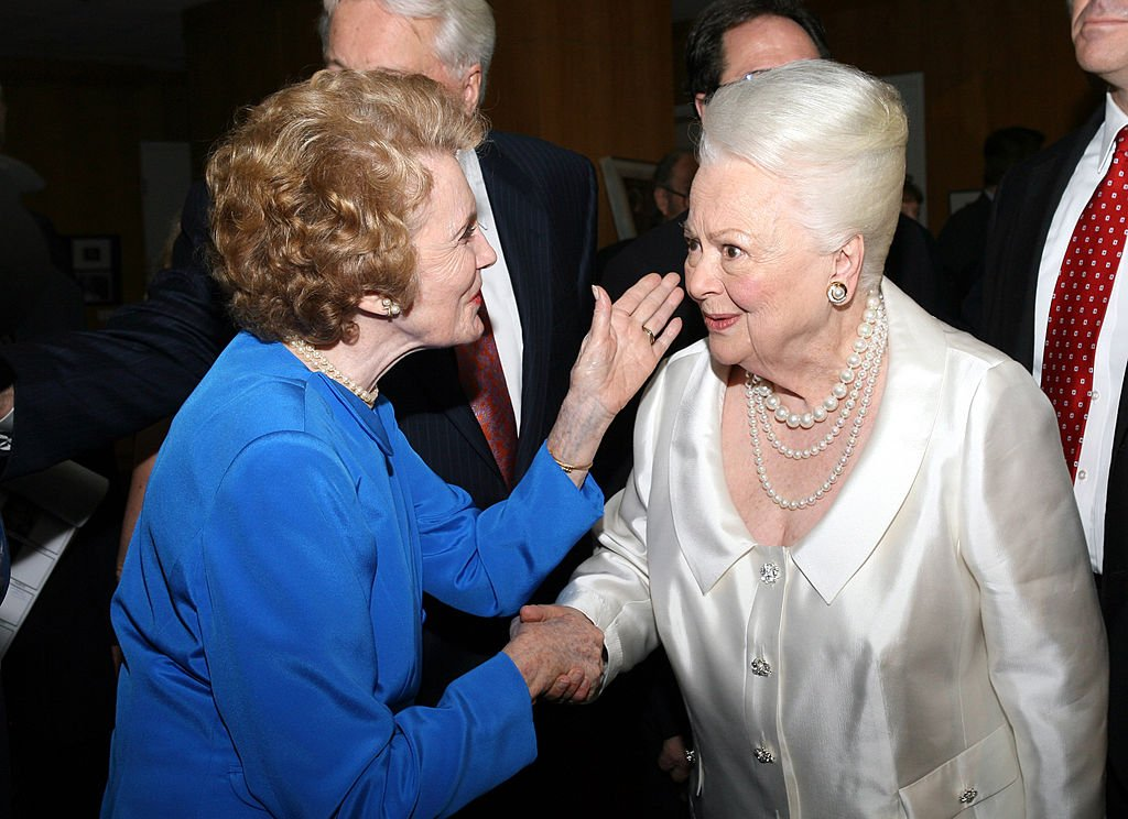 oan Leslie and Olivia de Havilland during Academy of Motion Picture Arts and Science Presents Tribute to Olivia de Havilland at Academy of Motion Picture Arts and Sciences in Beverly Hills, California, United States. | Source: Getty Images