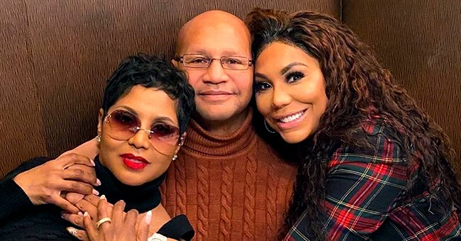 Toni Braxton Enjoys Quality Time with Sister Tamar & Brother Mikey in Sweet Photo