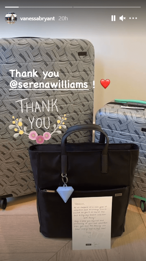 Vanessa Bryant sharing a picture of the gifts that Serena Williams sent her. | Source: Instagram.com/vannesabryant
