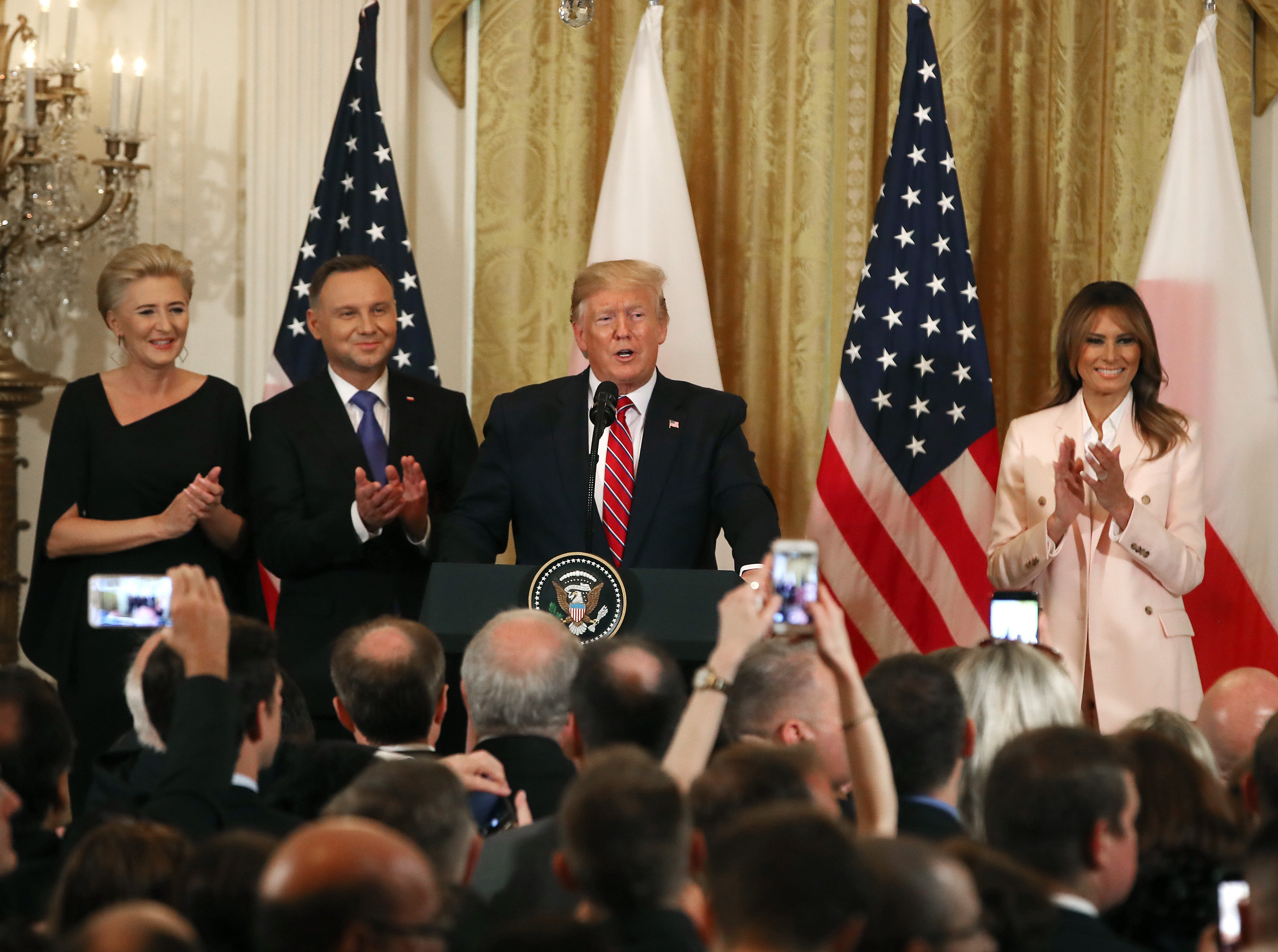 Donald Trump and Melania Trump with the President of Poland Andrzej Duda and his wife Agata Kornhauser-Duda at the White House | Photo: Getty Images