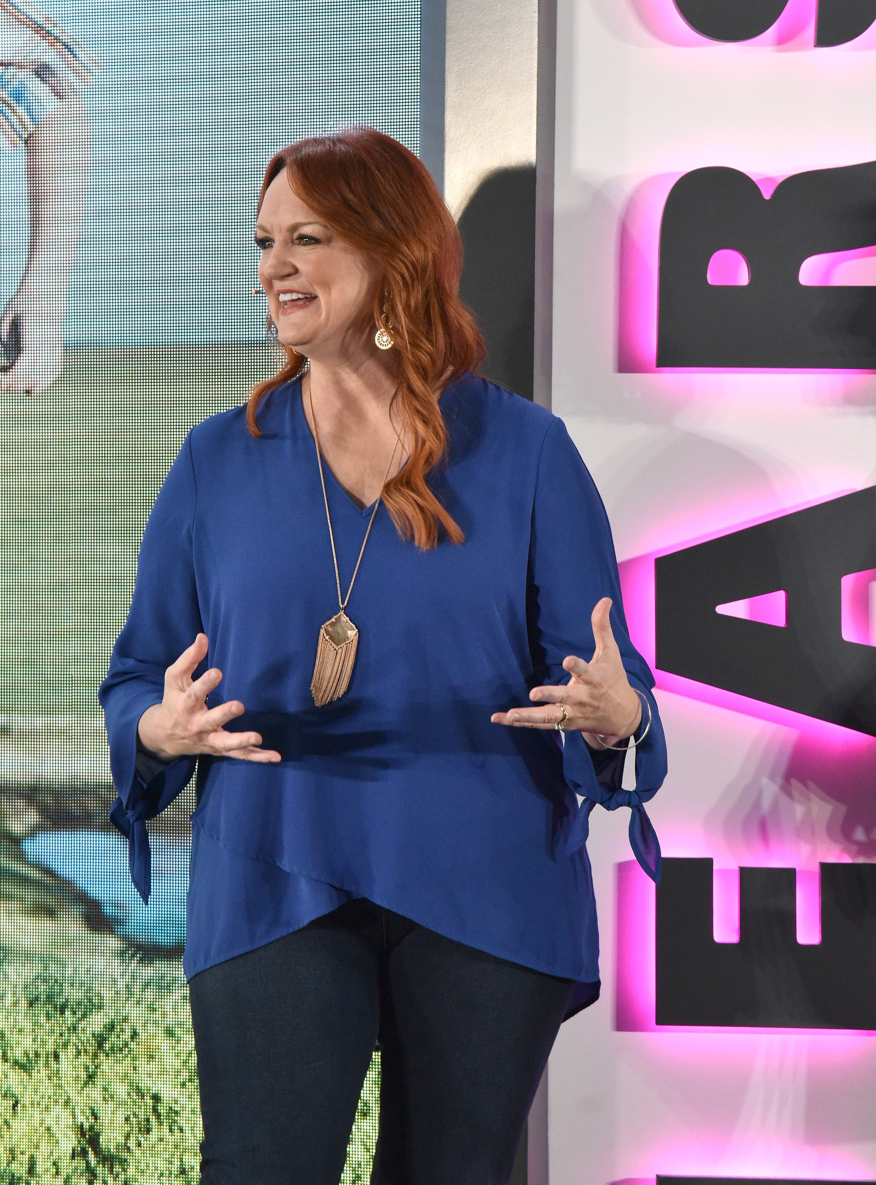 Ree Drummond speaks onstage at Hearst Magazines' Unbound Access MagFront at Hearst Tower on October 17, 2017 in New York City.   Source: Getty Images