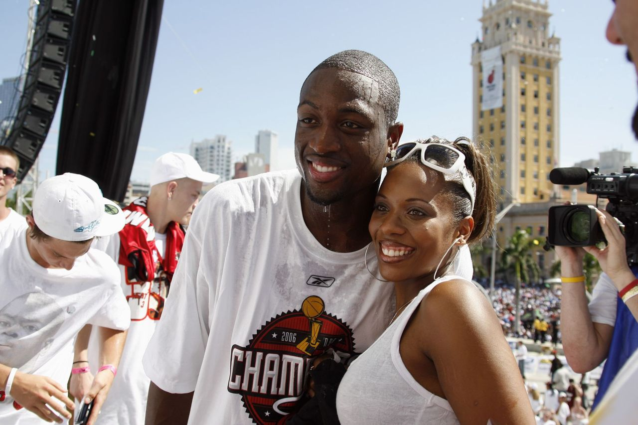 Dwyane Wade and Siohvaughn Funches, during the Heats NBA championship victory parade at American Airlines Arena on June 23, 2006    Photo: Getty Images