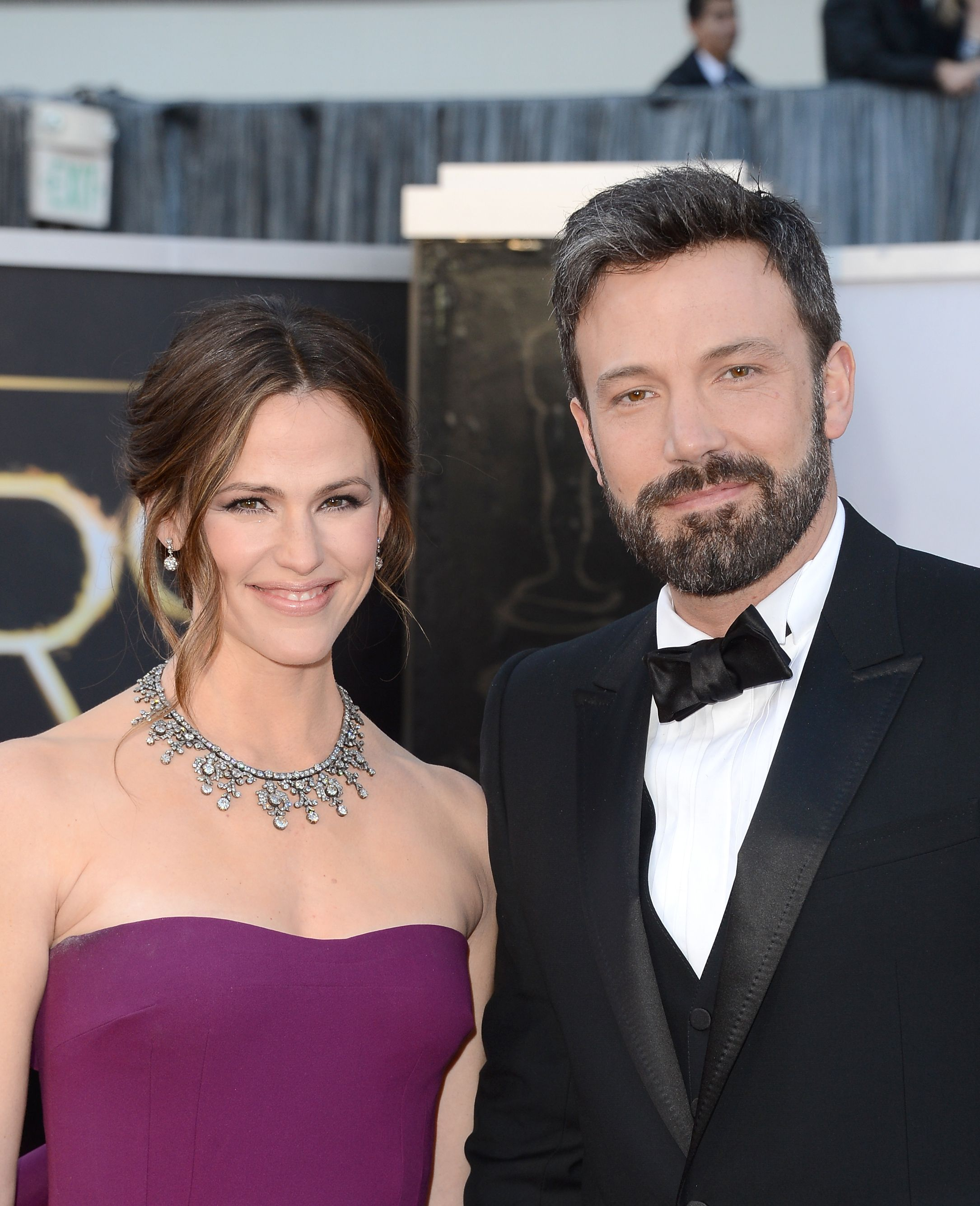 Jennifer Garner und Ben Affleck treffen am 24. Februar 2013 im Hollywood & Highland Center in Hollywood, Kalifornien, zur Oscar-Verleihung ein. | Quelle: Getty Images