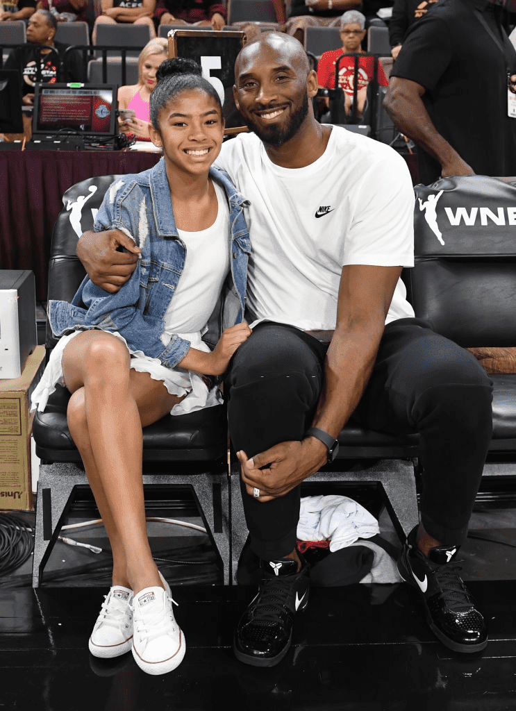 Kobe Bryant et sa fille Gianna Bryant en 2019 | Photo : Getty Images.