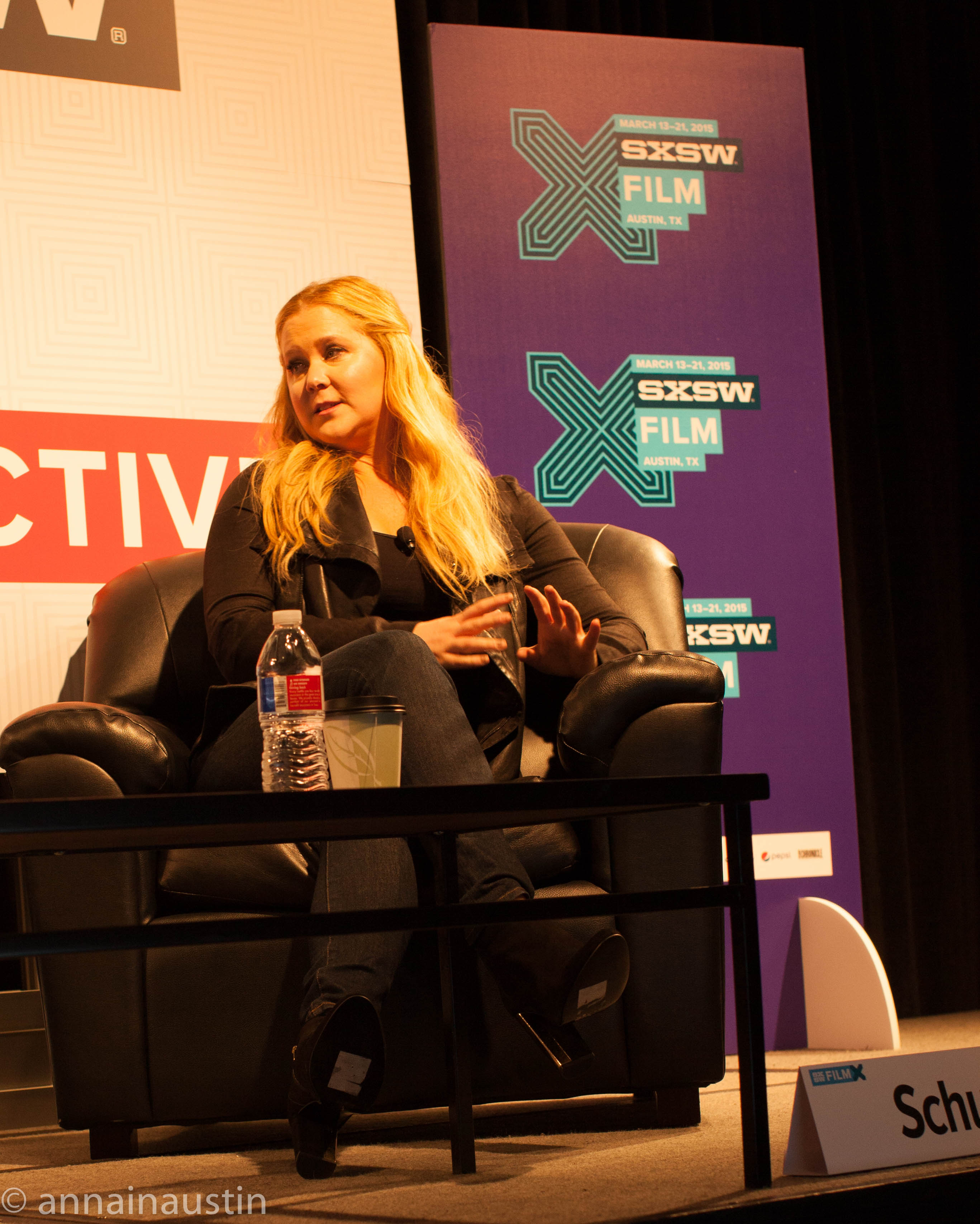 Amy Schumer at 2015 SXSW on March 16, 2015. I Photo; Anna Hanks (@annaustin), Amy Schumer SXSW One, CC BY 2.0