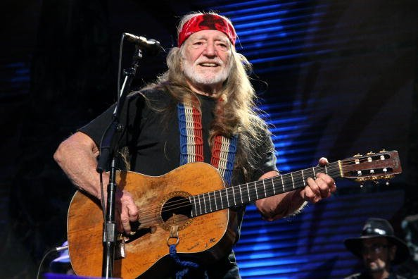 Willie Nelson at the Verizon Wireless Amphitheater on October 4, 2009 in St Louis, Missouri | Photo: Getty Images