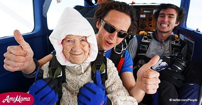 Une grand-mère de 102 ans a le record de la personne la plus âgée à sauter en parachute dans une vidéo glorieuse