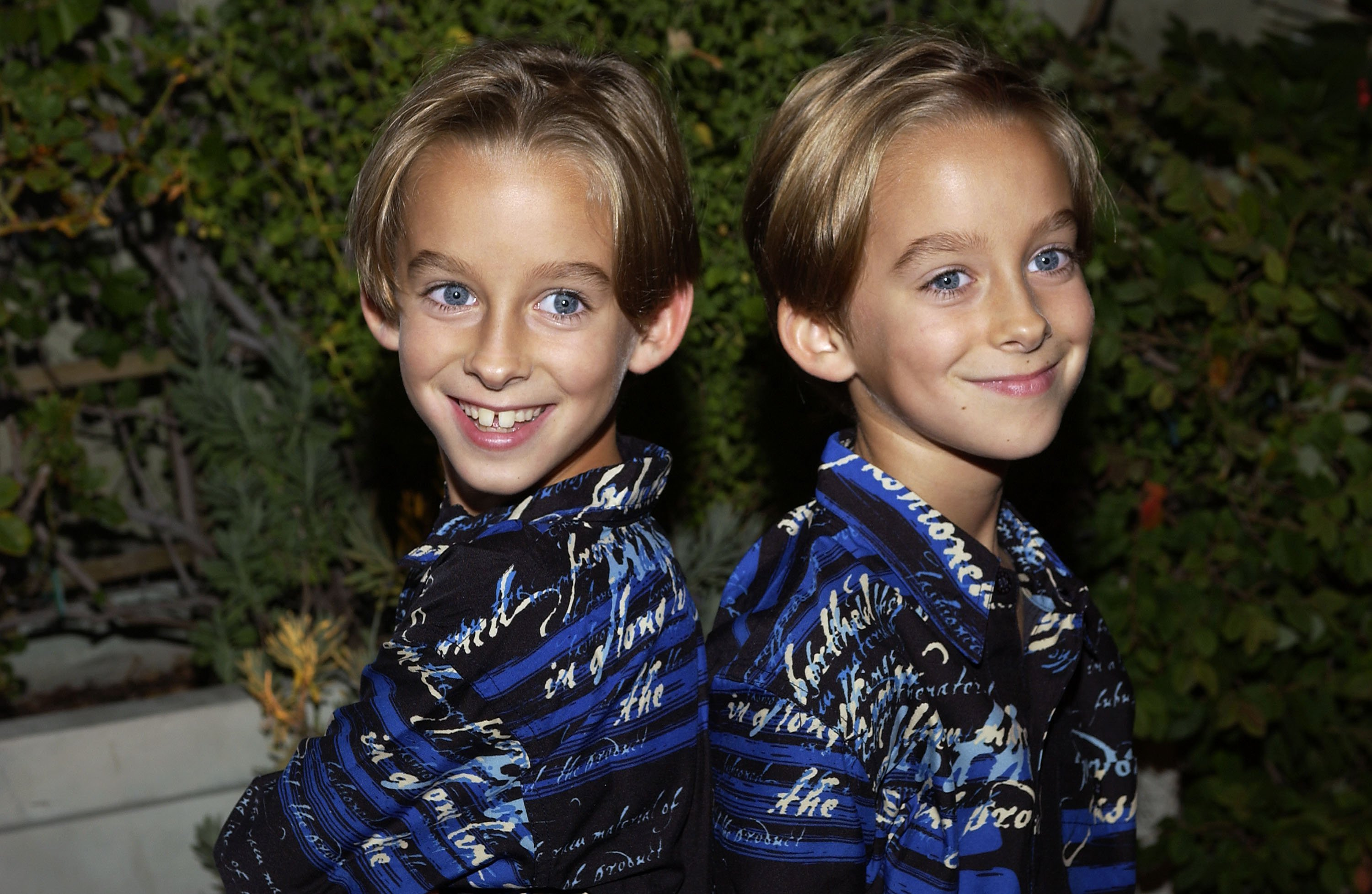 "Sawyer and Sullivan Sweeten arrive at the party celebrating the 200th Episode of ""Everybody Loves Raymond"" on October 14, 2004. 