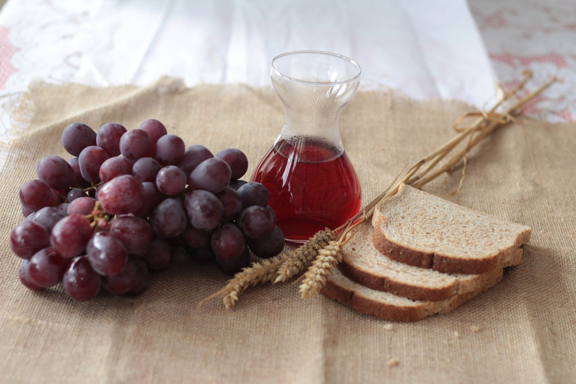 Judas had prepared the table for the last supper.   Photo: Pixabay/Gini George