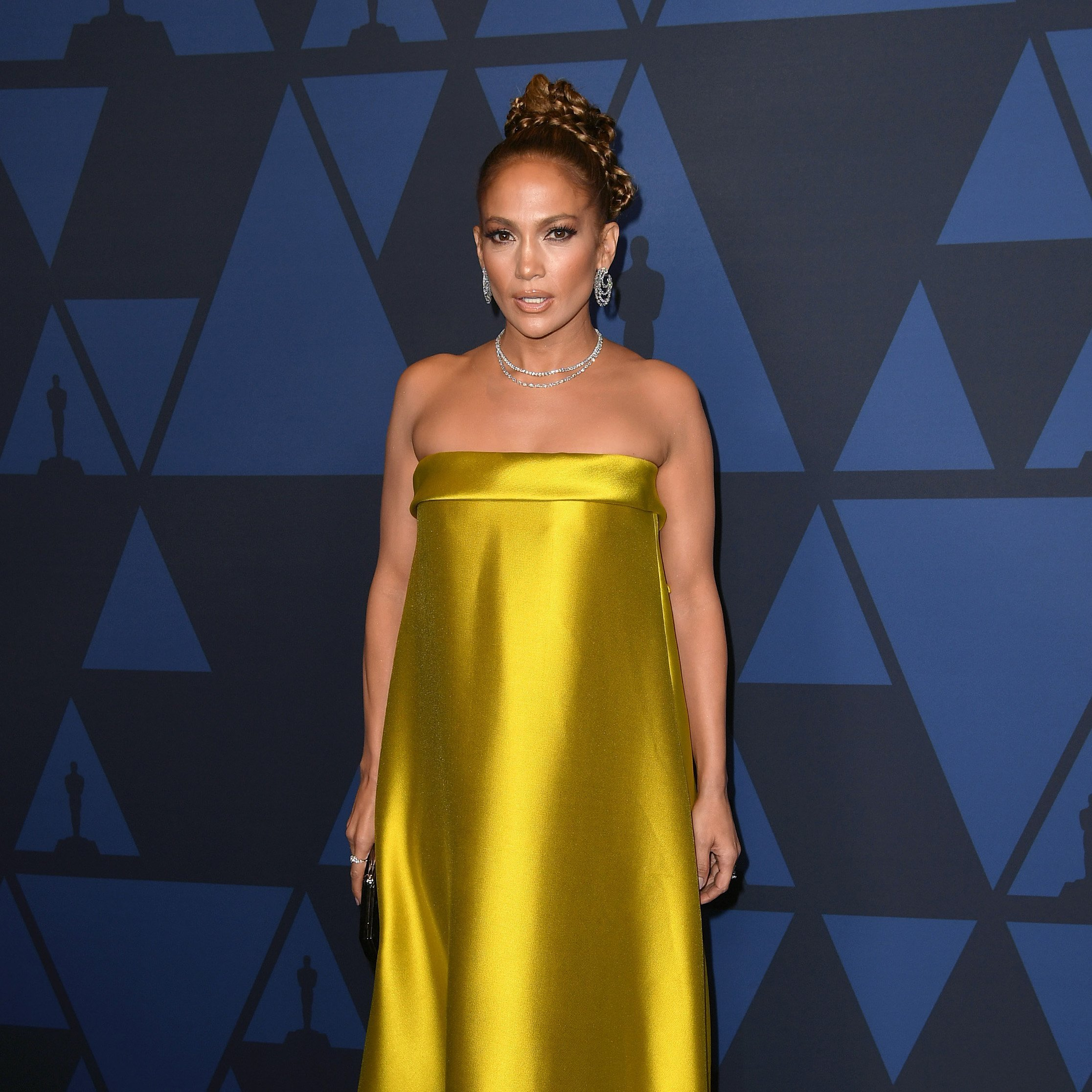 Jennifer Lopez attends the Annual Governors Awards in Hollywood, California on October 27, 2019 | Photo: Getty Images