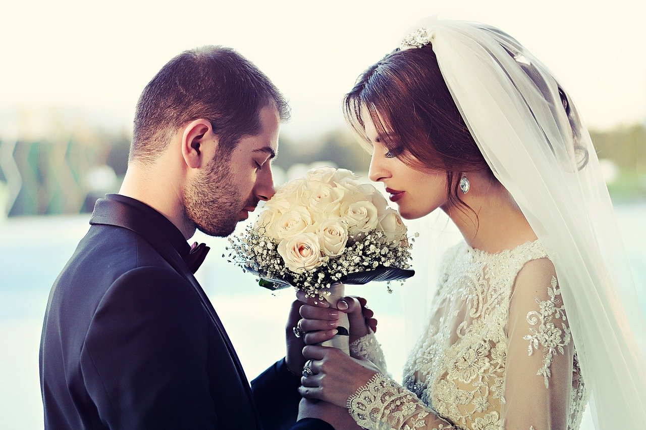 Un couple de mariage. | Photo : Pixabay