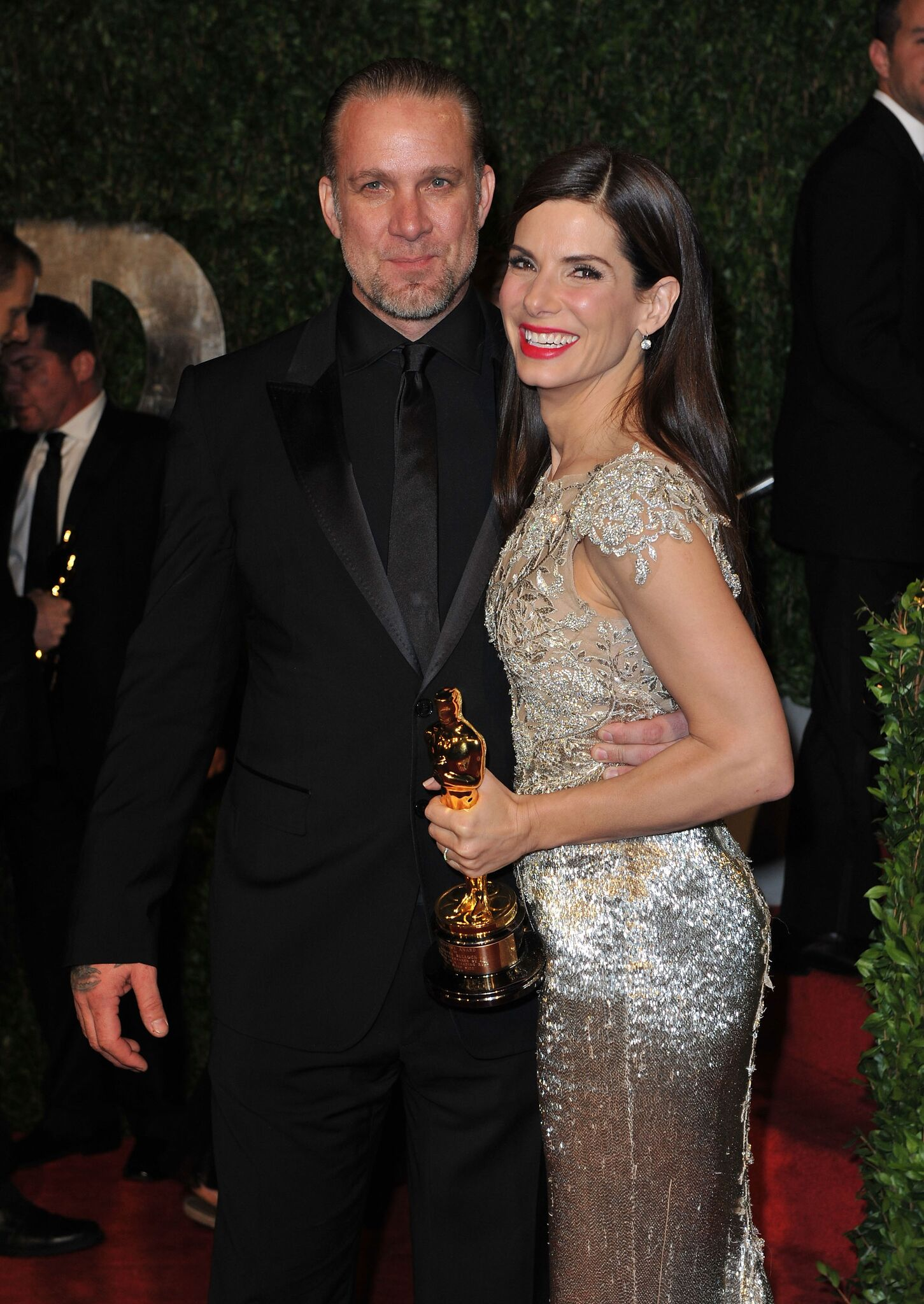 Jesse James and Sandra Bullock at the 2010 Vanity Fair Oscar Party | Getty Images