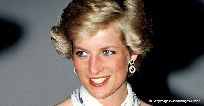 Story behind Iconic Photo of Princess Diana Shaking Hands with a Gay Man Dying of AIDS