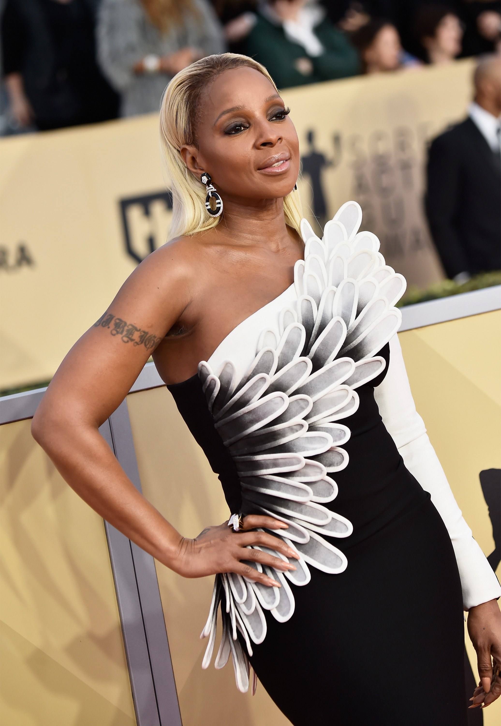 Mary J. Blige at the 24th Annual Screen Actors Guild Awards at The Shrine Auditorium on January 21, 2018 in Los Angeles, California.| Source: Getty Images