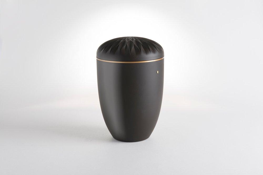 Urne de cendres funéraires. | Shutterstock
