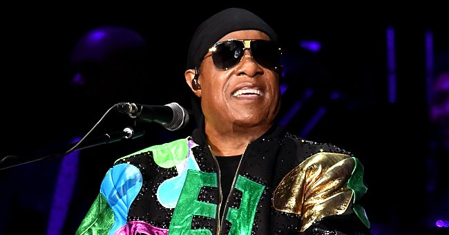 Mariah Carey, Diana Ross and Other Stars Pay Tributes to Stevie Wonder on His 70th Birthday