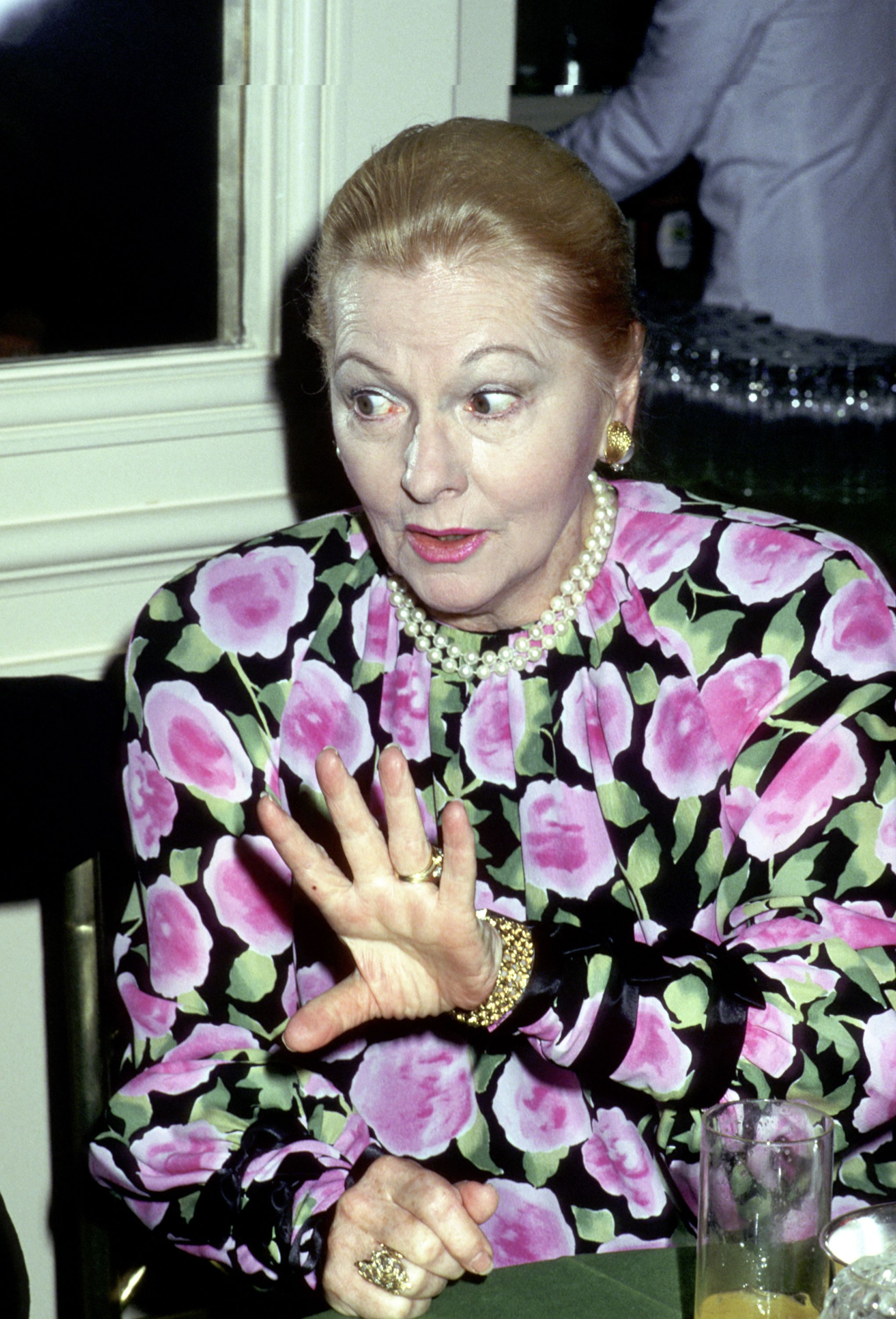 Joan Fontaine during 48th Golden Apple Awards at Beverly Wilshire Hotel in Beverly Hills, California on December 11, 1988. | Photo: Getty Images.