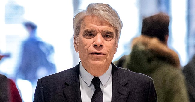 Bernard Tapie, homme d'affaires français, arrive au palais de justice de la Porte de Clichy à Paris, France, le mercredi 20 mars 2019. | Photo : Getty Images