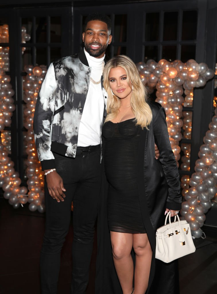 Tristan Thompson and Khloe Kardashian pose for a photo as Remy Martin celebrates Tristan Thompson's Birthday at Beauty & Essex | Photo: Getty Images