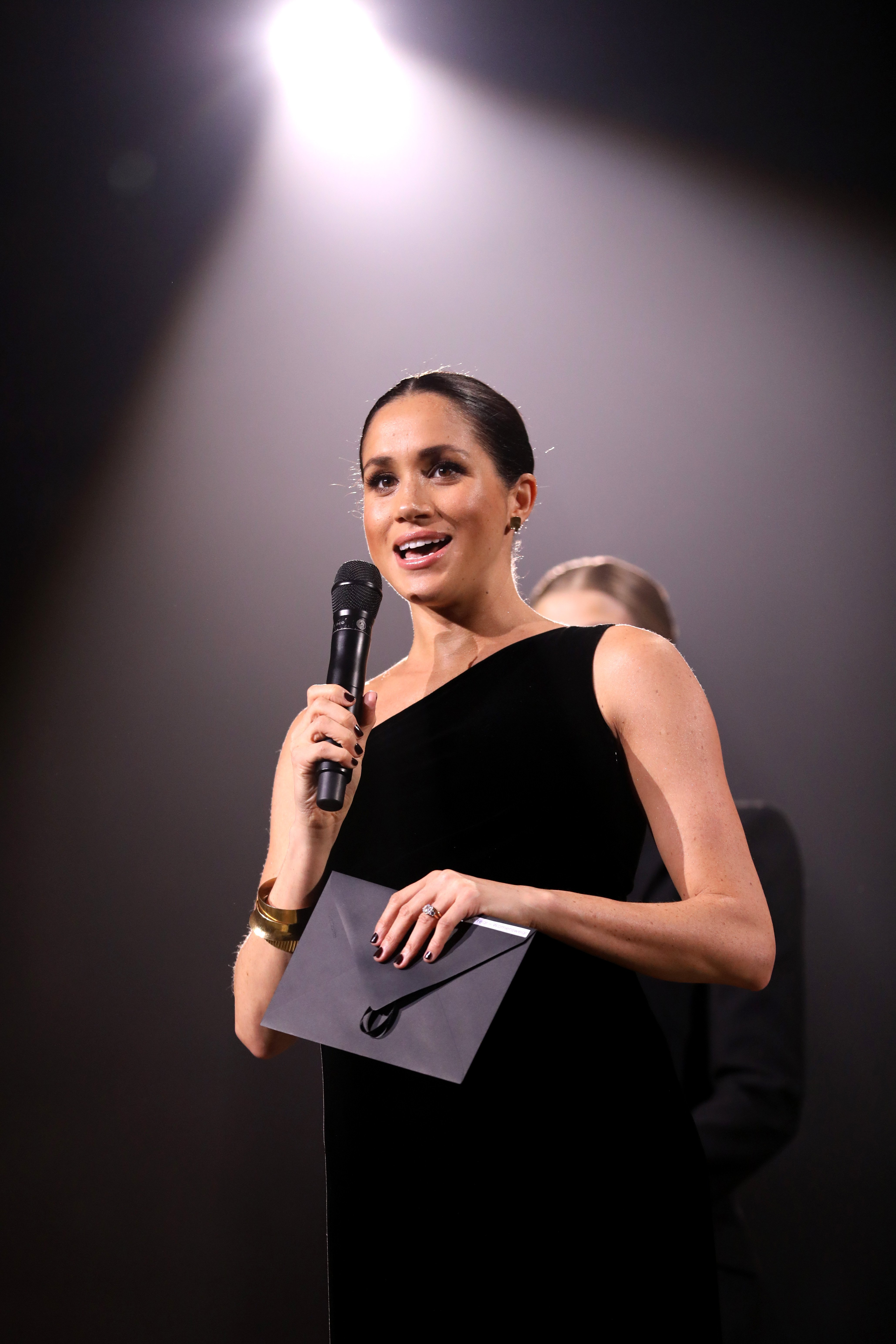 Meghan Markle at the British Fashion Awards in December 2018 | Photo: Getty Images
